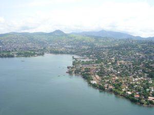 シエラレオネの首都フリータウン(Wikipediaより)